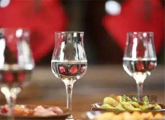 白酒中杂醇油是怎样生成,如何减少白酒中的杂醇油含量