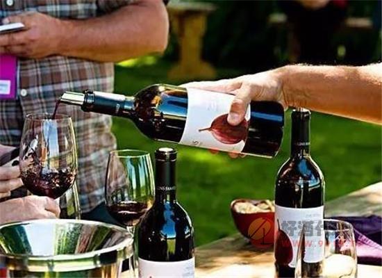 相同的陈年葡萄酒,为什么口感会有差异