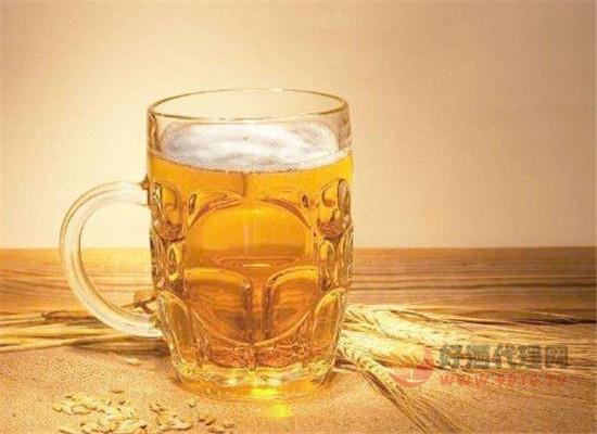为什么现在很多人喝进口啤酒,和国产啤酒有什么区别
