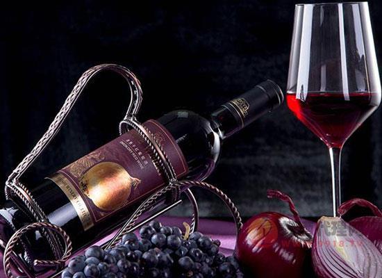喆園紅標洋蔥干紅葡萄酒一箱多少錢,價格貴嗎