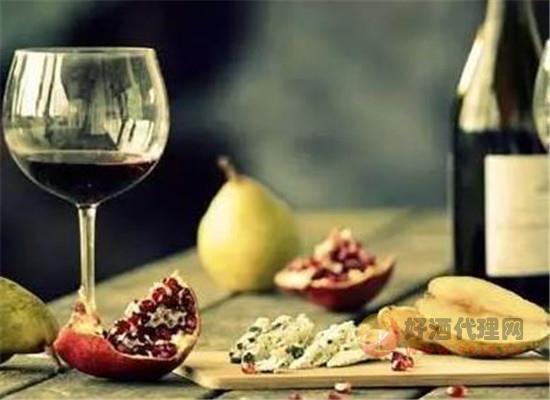 红葡萄能否酿出白葡萄酒,白葡萄能否酿出红葡萄酒