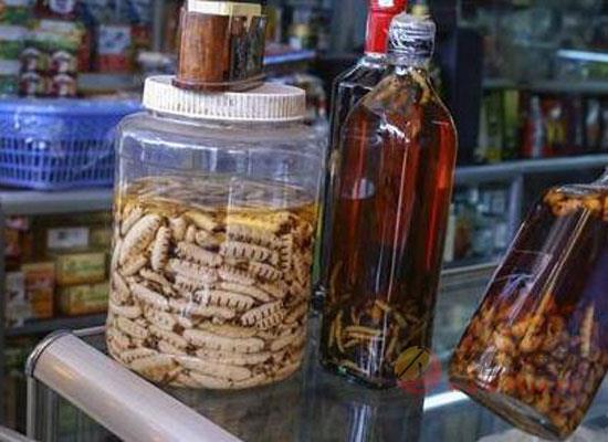 用什么泡酒祛濕祛寒,祛風除濕的中草藥酒配方