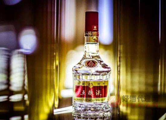 五糧液為電影之盛再添特色,成為金雞百花電影節指定用酒