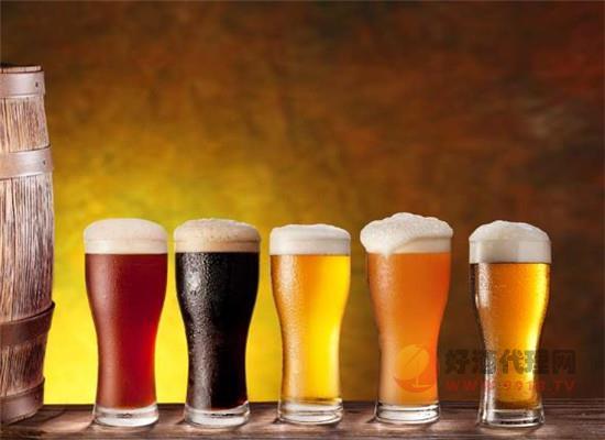 啤酒能不能促进消化,少量喝啤酒有什么好处
