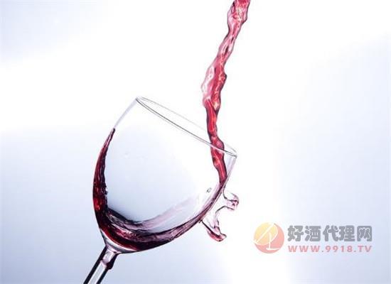 葡萄酒的干型是什么意思,干型和甜型有什么區別