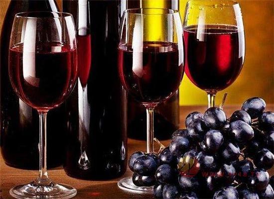 自己釀造葡萄酒時要注意什么