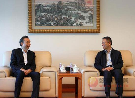 李曙光董事長一行拜訪中國工商銀行