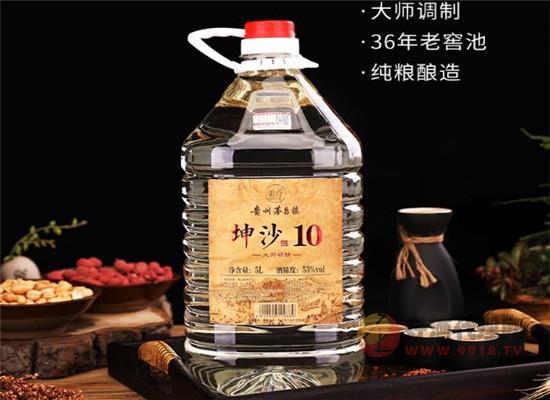 貴州秉臺桶裝白酒價格,10斤大桶多少錢