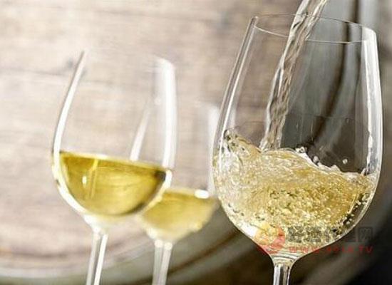 甜白葡萄酒和甜紅葡萄酒哪個好喝