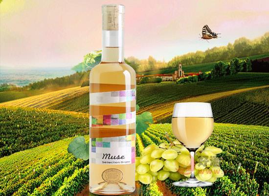 魔色甜白葡萄酒好喝嗎,酒體輕盈,果香濃郁