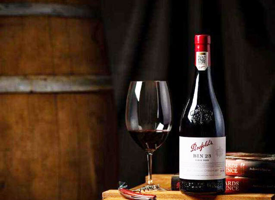 奔富红酒的正确饮用方法,品饮四步曲