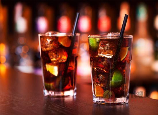 """為什么酒被稱為""""靈魂調味劑"""",酒水用途大比拼"""