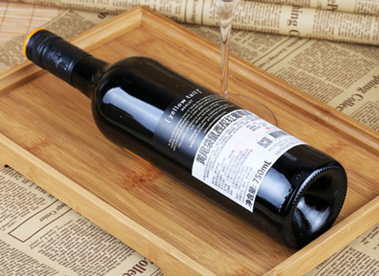 黃尾袋鼠紅酒與智利魔鬼紅酒哪個更好喝