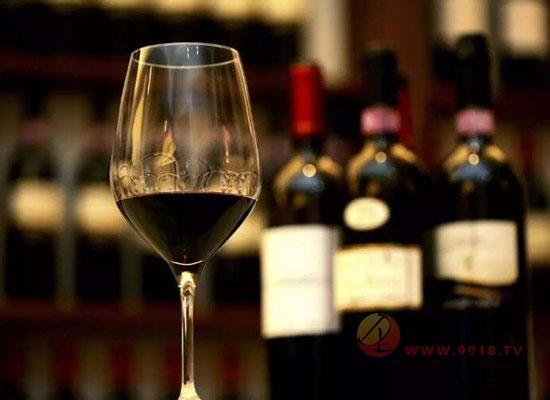 葡萄酒的价格为什么相差这么大,红酒价格由什么决定