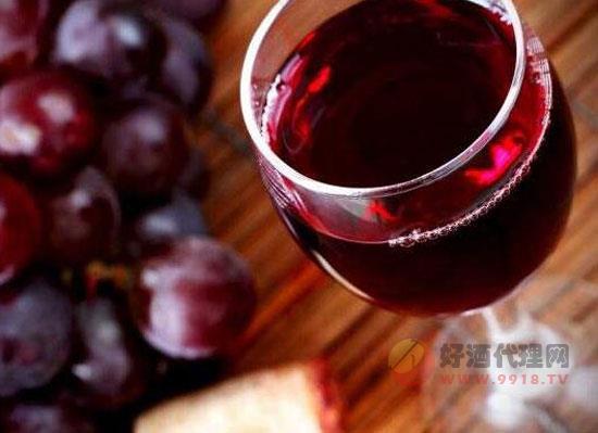 一天喝多少葡萄酒合適,紅酒養生寶典