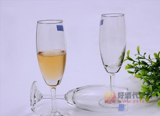 香檳杯的發展歷程是什么,香檳杯是從什么時候開始的