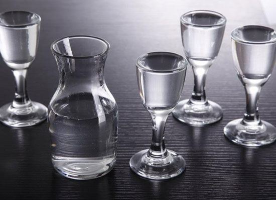 價格的穩定才是酒企的發展方向