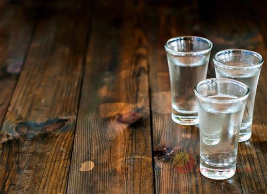 府泉王米香型白酒怎么样,喝起来味道如何