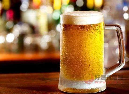夏季来临,怀孕初期的孕妇可以喝啤酒吗