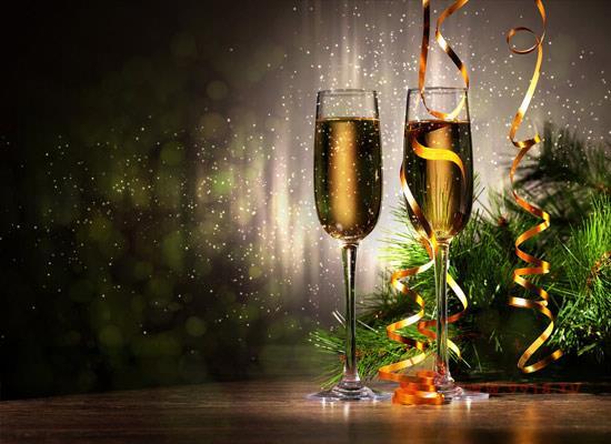 """為什么香檳是慶祝的""""指定""""用酒,它的特點有哪些"""