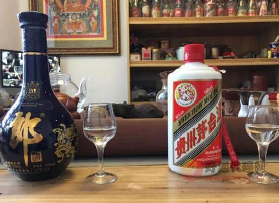郎酒和茅臺喝著有什么區別,茅臺和郎酒哪個好喝