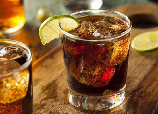 甘蔗酒属于什么酒,甘蔗酒与白酒的区别是什么