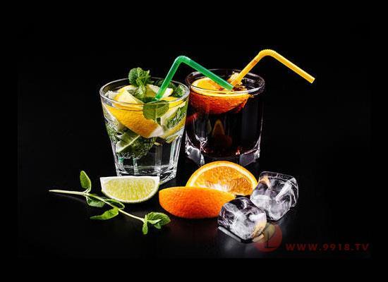 鸡尾酒应该怎么调制,从色彩搭配看调配方法