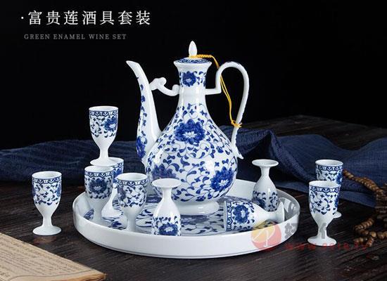 景德镇陶瓷白酒杯,素雅不失单调,灵动不失华贵!