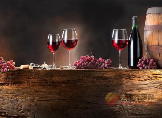葡萄酒的相关礼仪有哪些,怎样喝才能够更有格调