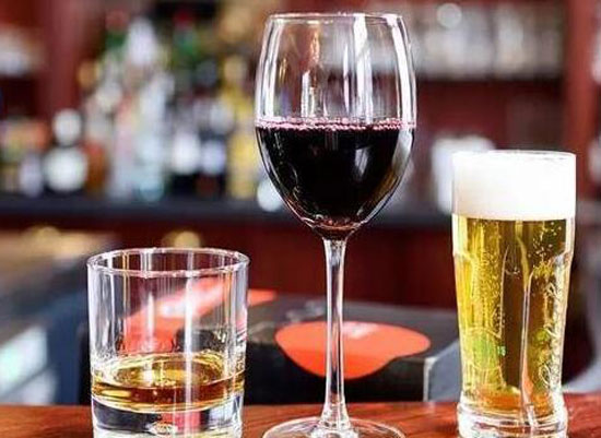 为什么几种酒混着喝容易醉,酒不能混着喝的原因