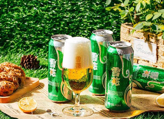 雪花清爽啤酒,和夏天超级般配的啤酒