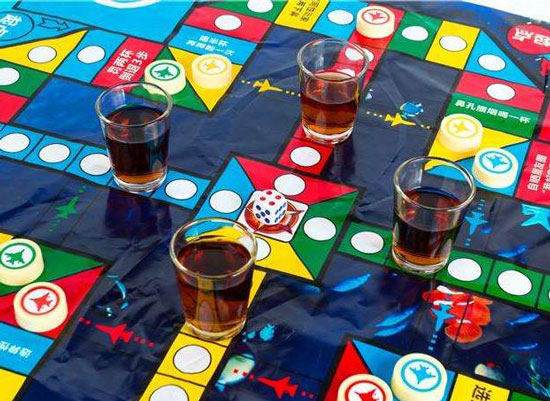 酒吧喝酒游戏,流行的喝酒游戏大全
