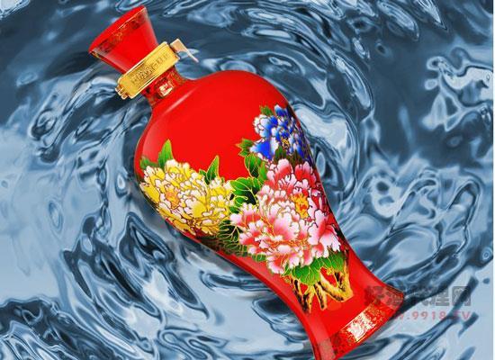國花瓷西鳳酒12年價格貴嗎,多少錢一瓶
