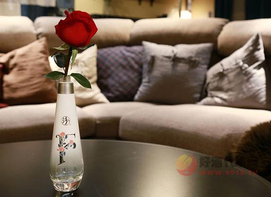 28度F玫瑰汾酒價格怎么樣,225ml多少錢一瓶