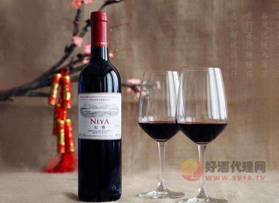 """自酿葡萄酒为什么表面有""""白膜"""",它形成了原因是什么"""