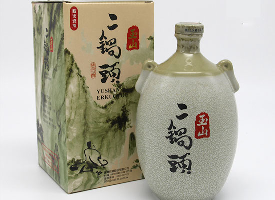 台湾玉山二锅头高粱酒一瓶多少钱,市场零售价格介绍