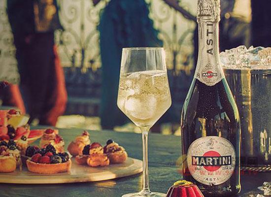 馬天尼起泡酒好喝嗎,邂逅一場浪漫與甜蜜