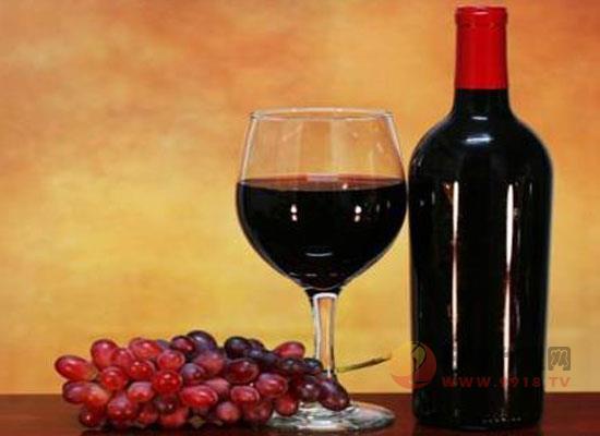 倒紅酒禮儀,教你如何優雅的倒紅酒