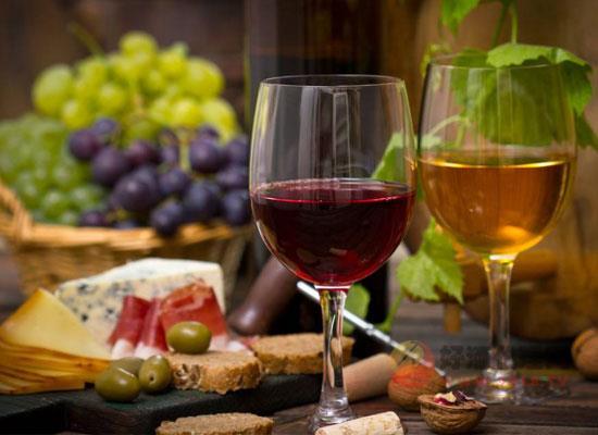 开学季选酒应该怎么选,不同场合不同佳酿