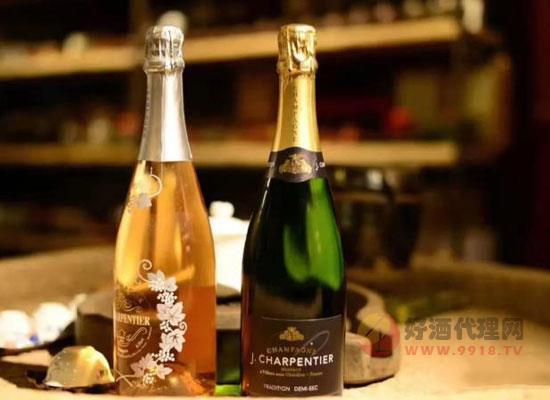 香槟酒怎么喝是正确的,兑饮料好喝吗