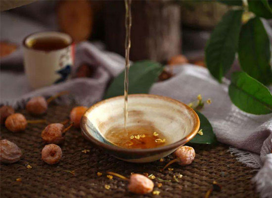 桂花酒的特点是什么,为什么桂花酒浸润了秋色