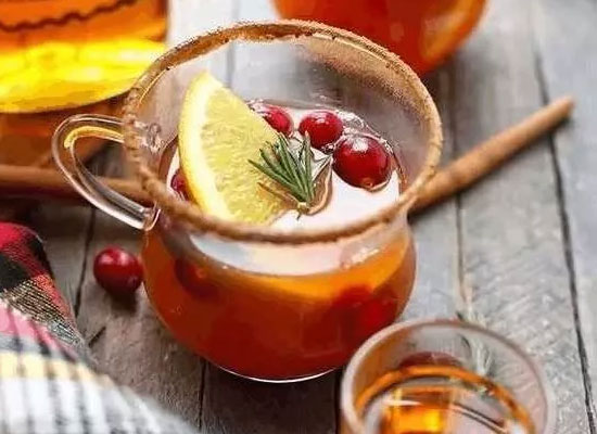 秋季适合喝什么酒,热威士忌托地秋季的专属佳酿