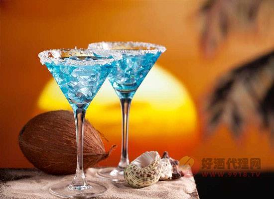 鸡尾酒的特点是什么,为什么现在深受消费者喜爱