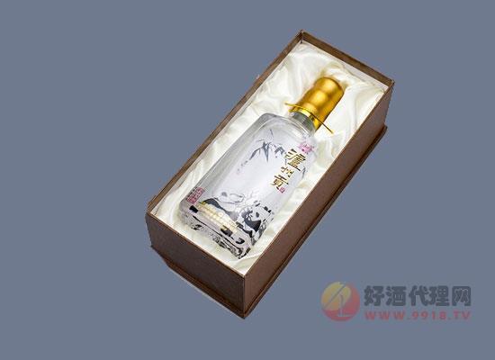 瀘州貢白酒價格貴嗎,保護大熊貓限量版白酒價格怎么樣