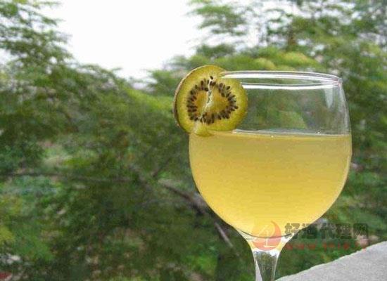 獼猴桃酒的釀制方法介紹,教你釀出好喝的獼猴桃酒