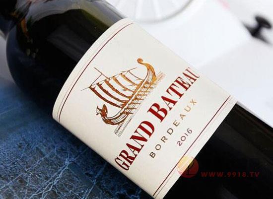 小龍船干紅葡萄酒,細膩平和,魅力無限