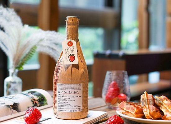 日本北岡草莓酸奶酒好喝嗎,喝起來口感如何
