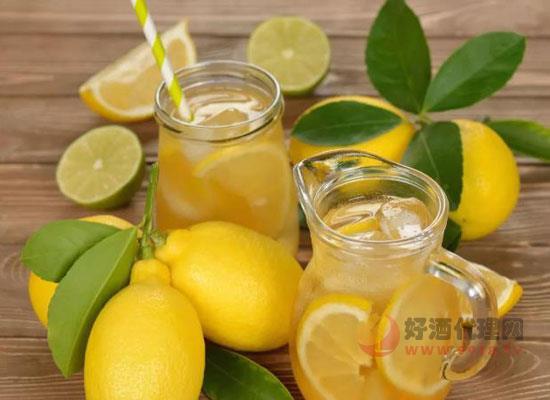 柠檬酒怎么泡,简单几步教你做出好喝的柠檬酒
