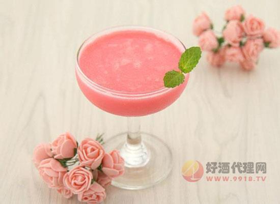 红粉佳人鸡尾酒度数多少,是怎么调制成的