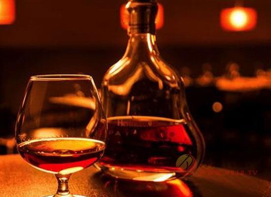 白兰地应该怎么喝,白兰地的花式喝法介绍